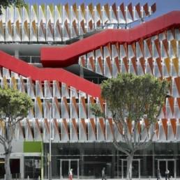 CoSM: Fachada Estructural en Estacionamiento
