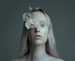 Flora Borsi_4