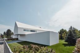 Robert Konieczny_La Casa que sigue al Sol